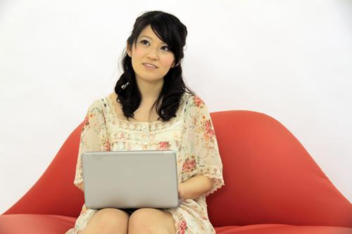 パソコンおんちの女子
